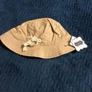 New mud pie hat